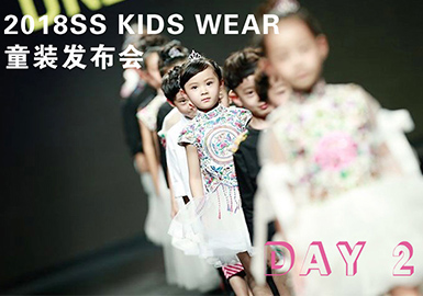 Kids' Catwalk in Shanghai Fashion Week -- DAY 2