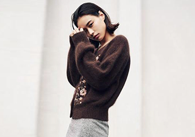 17/18 A/W Women's Knitwear in Japanese Market
