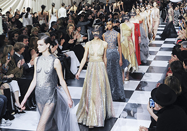 2018 S/S Haute Couture Show in Paris -- Women's Formal Dress