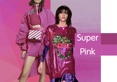 Super Pink -- 2020 S/S Color Trend for Women's T-shirt