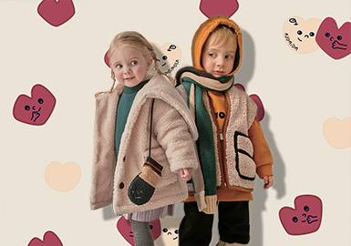 Beauty in Winter -- moimoln The Kidswear Benchmark Brand