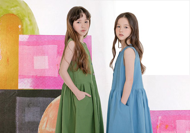 Microbeam Horizon-- The Silhouette Trend for Girls' Dresses