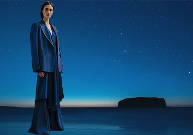 Dior Blue -- The Color Trend for Womenswear